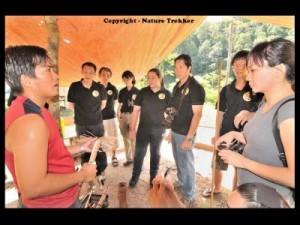 Guide Teaching at Taman Negara3x